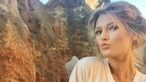Saat Kekasih Seksi Leonardo Dicaprio Liburan Sendiri