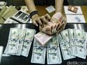 Tukar Dolar AS Demi Selamatkan Rupiah, dari Orang Terkaya hingga Cawapres