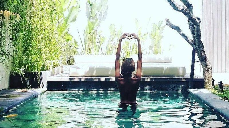 Hilangkan stress, Jourdan pilih Bali sebagai destinasinya. (jourdandunn/Instagram)