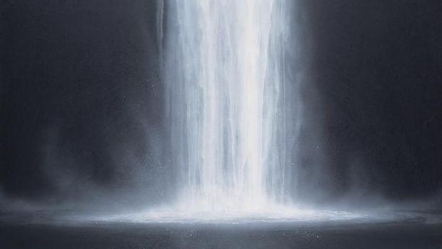 Mengenal Seniman Jepang yang Eksis Melukis Air Terjun