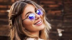Pesona Camila Morrone membuat Leonardo Dicaprio luluh meski terpaut usia 20 tahunan. Selain cantik, Cami Morrone juga rajin jaga kesehatan tubuhnya.