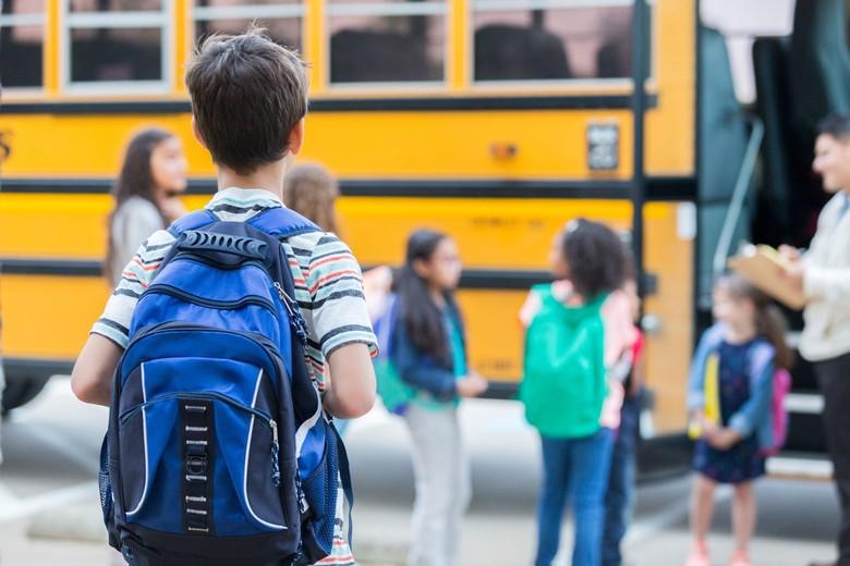ilustrasi bus sekolah. Foto: Istock