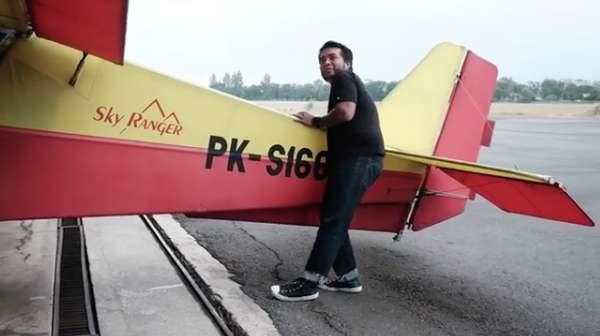 Erix Soekamti dan Hobi Terbangnya