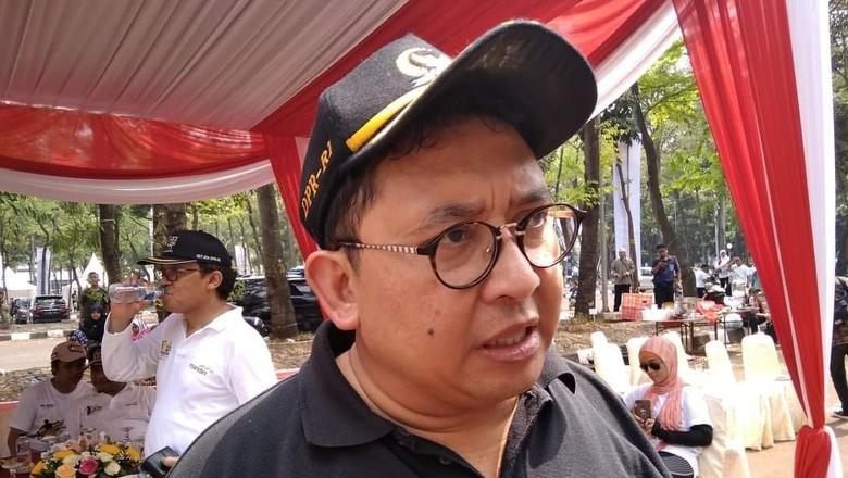 Minta Iklan Jokowi Dicopot karena Mubazir, Fadli: Jangan-jangan Hoax