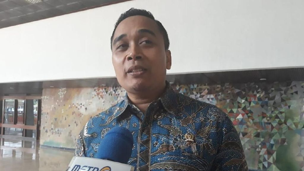 PD soal Iklan Jokowi di Bioskop: Biar Bawaslu dan KPU yang Tentukan