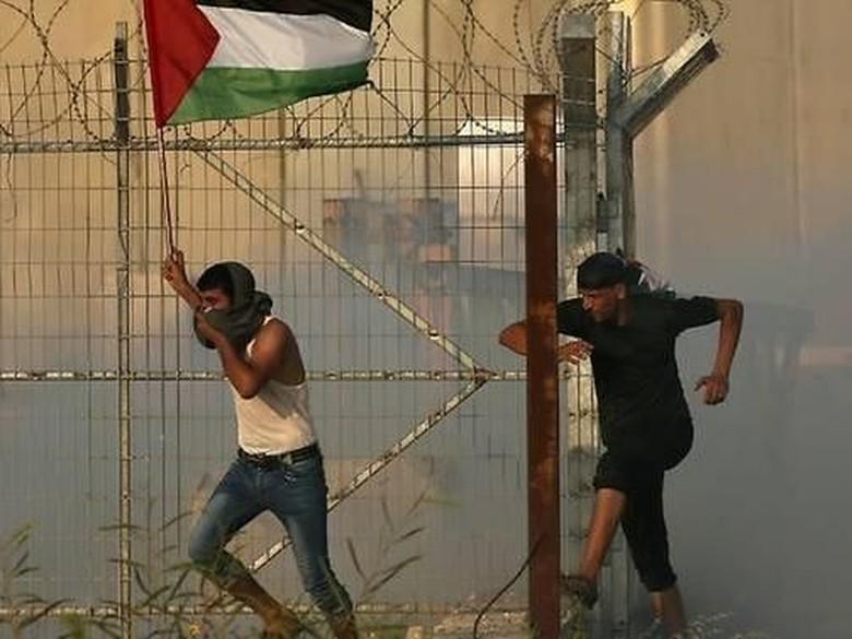 Israel Tutup Satu-satunya Perlintasan Orang di Perbatasan Gaza