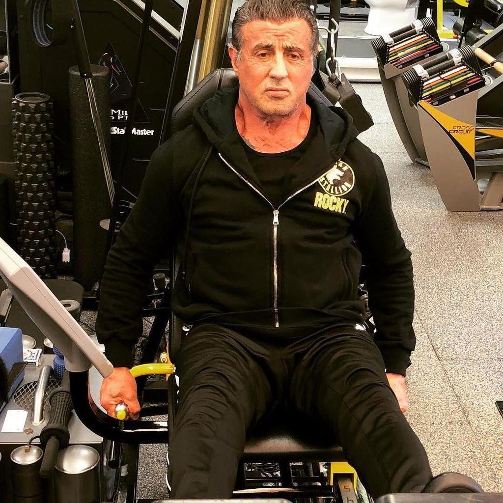 Slyvester Stallone Ungkap Creed 2 Adalah Akhir bagi Rocky?