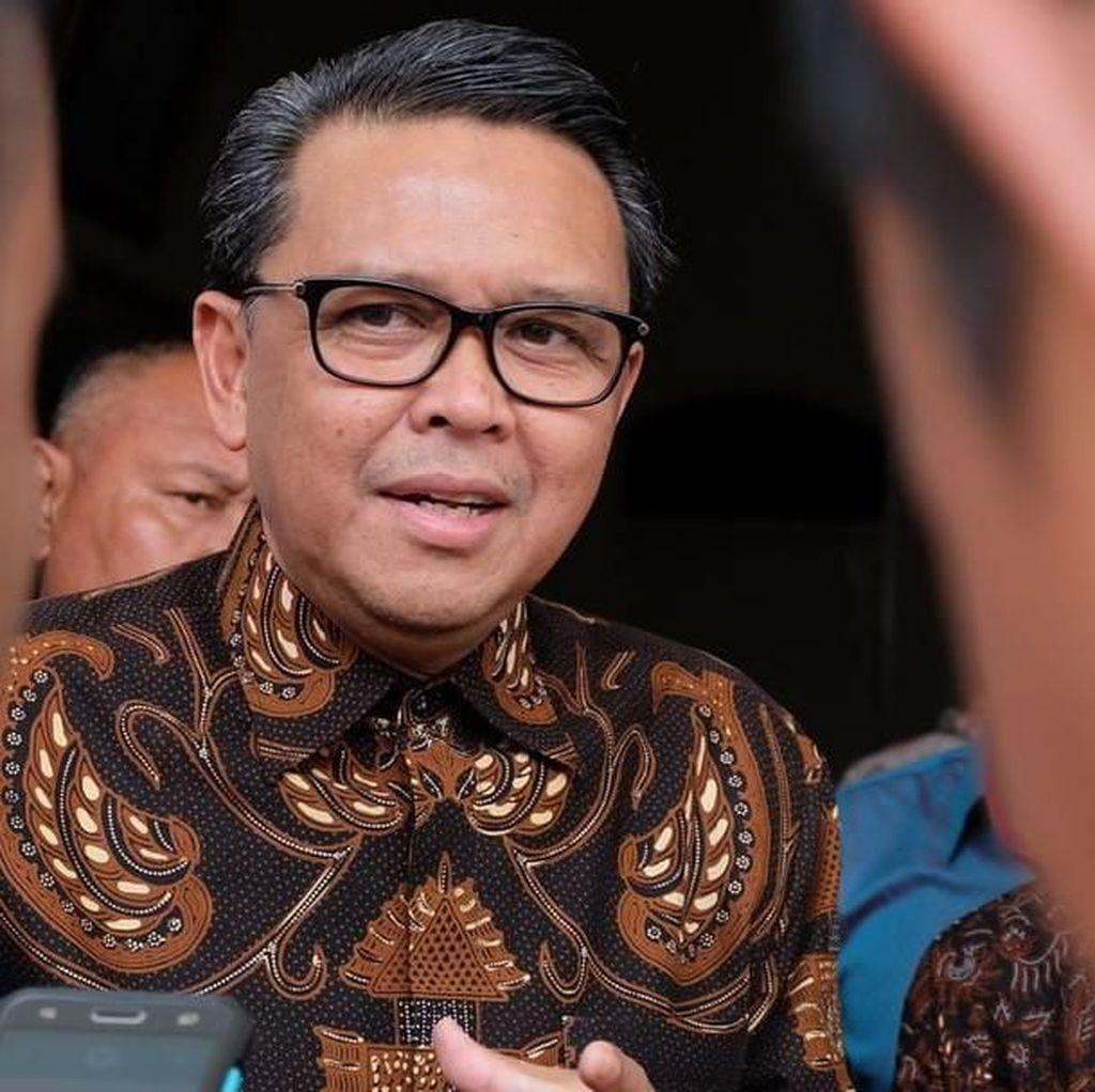 Gubernur Nurdin Lantik Kepala Daerah di Kampus Unhas