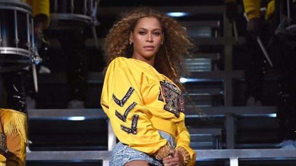 Seperti Kita, Beyonce Ternyata Juga Belanja di Pasar Swalayan