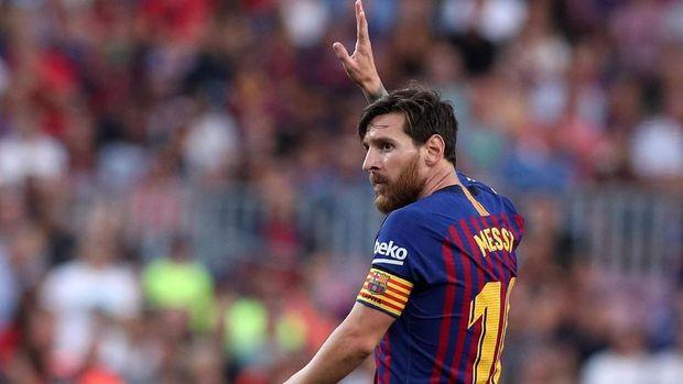 Christian Eriksen menyebut tidak ada pemain yang sejajar dengan Lionel Messi dan Cristiano Ronaldo.