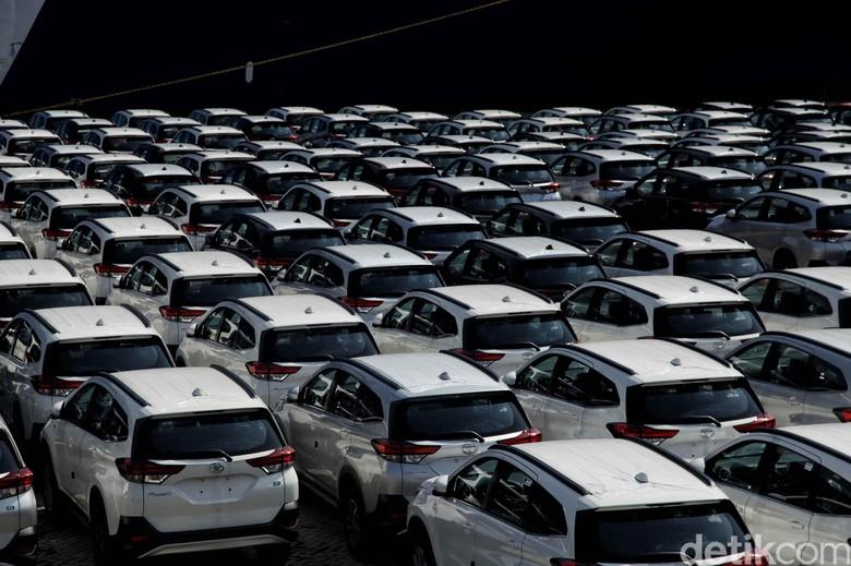 Ekspor Toyota Rush. Foto: Pradita Utama