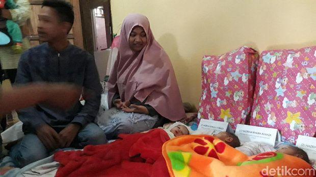 Ayah dan ibu bayi Avanza