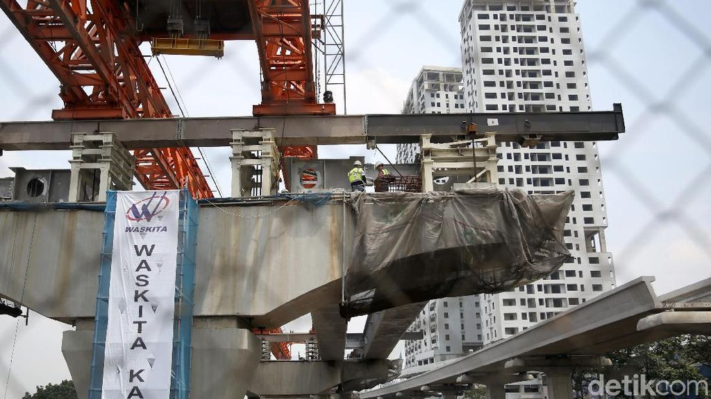 Pembangunan Tol Jakarta Cikampek Layang Capai 49%
