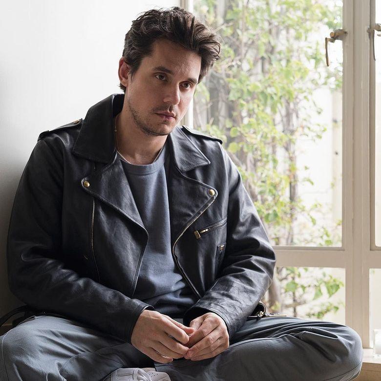 John Mayer memang memiliki kharisma tak hanya di atas panggung saja.Dok. Instagram @johnmayer