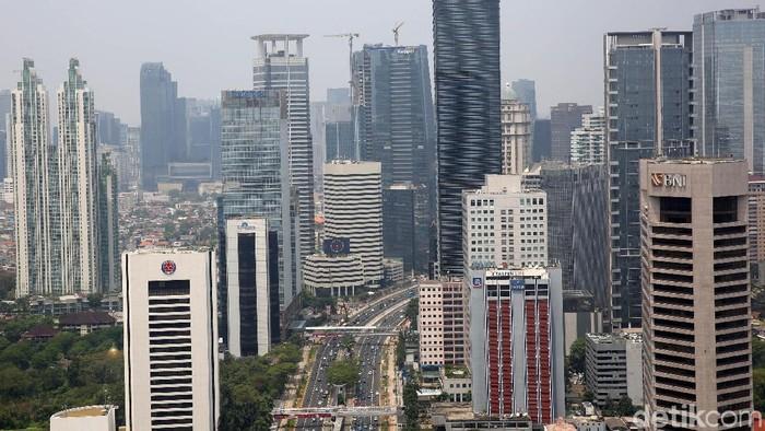 Jumlah pasokan ruang perkantoran di wilayah DKI Jakarta terus bertambah. Hal ini karena semakin banyaknya gedung perkantoran yang sedang dibangun.