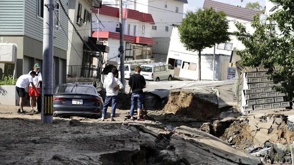 Korban Tewas Akibat Gempa di Hokkaido Bertambah Jadi 44 Orang