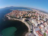 Kota Cagliari dari ketinggian (Visit Sardinia/Facebook)