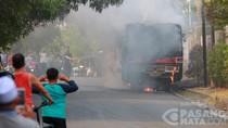 Metromini Berisi 7 Penumpang Terbakar di Cilandak Akibat Korsleting