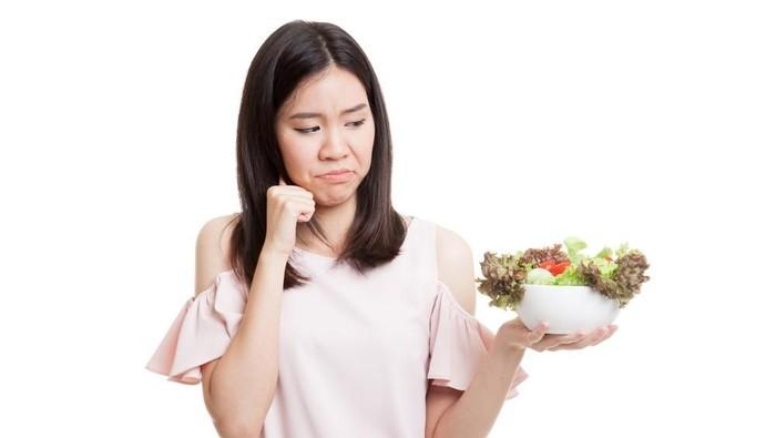 Ilustrasi Makan Sayur dan Buah