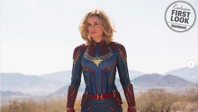 Captain Marvel Tinju Nenek-nenek di Trailer Film, Kenapa?