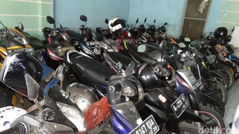 Penitipan Motor di Bekasi. Foto: Luthfi Anshori