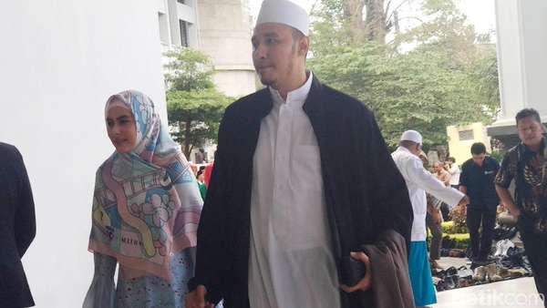 Kartika Putri-Habib Usman Go Public, Mac Miller hingga Shinta Bachir