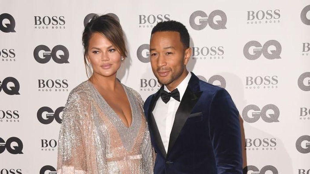Terungkap! Ini Alasan John Legend dan Chrissy Teigen Tak Pernah Masak Bersama