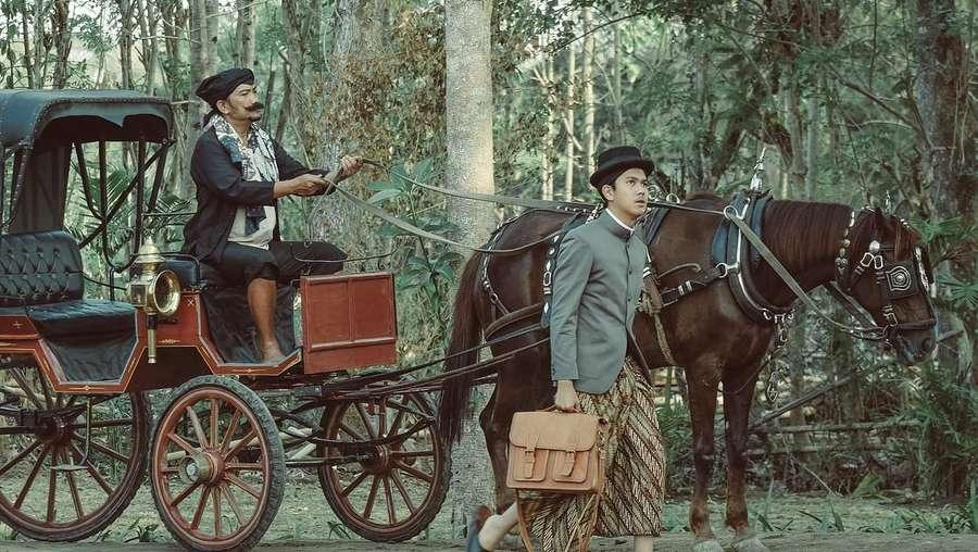 Mengintip Foto-foto Terbaru Film Bumi Manusia