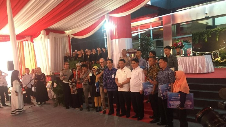 Wiranto Beri Dana Kompensasi bagi Korban Bom Thamrin-Kampung Melayu