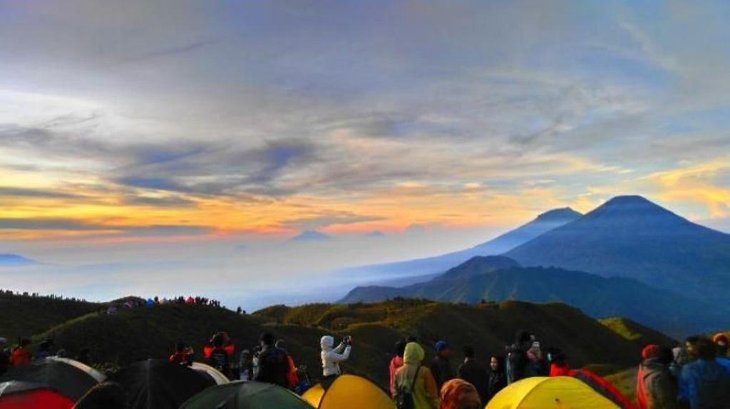 6 Gunung yang Bisa Didaki Buat Liburan AKhir Tahun
