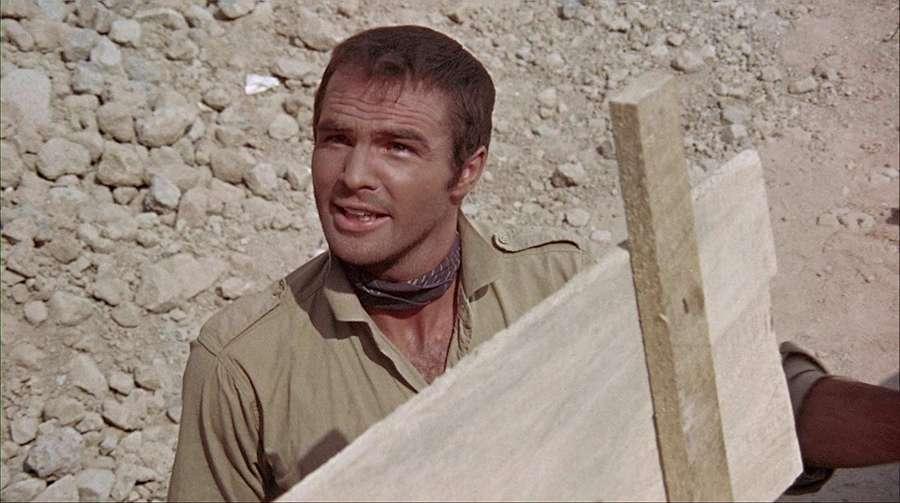 Mengenang Penampilan Burt Reynolds