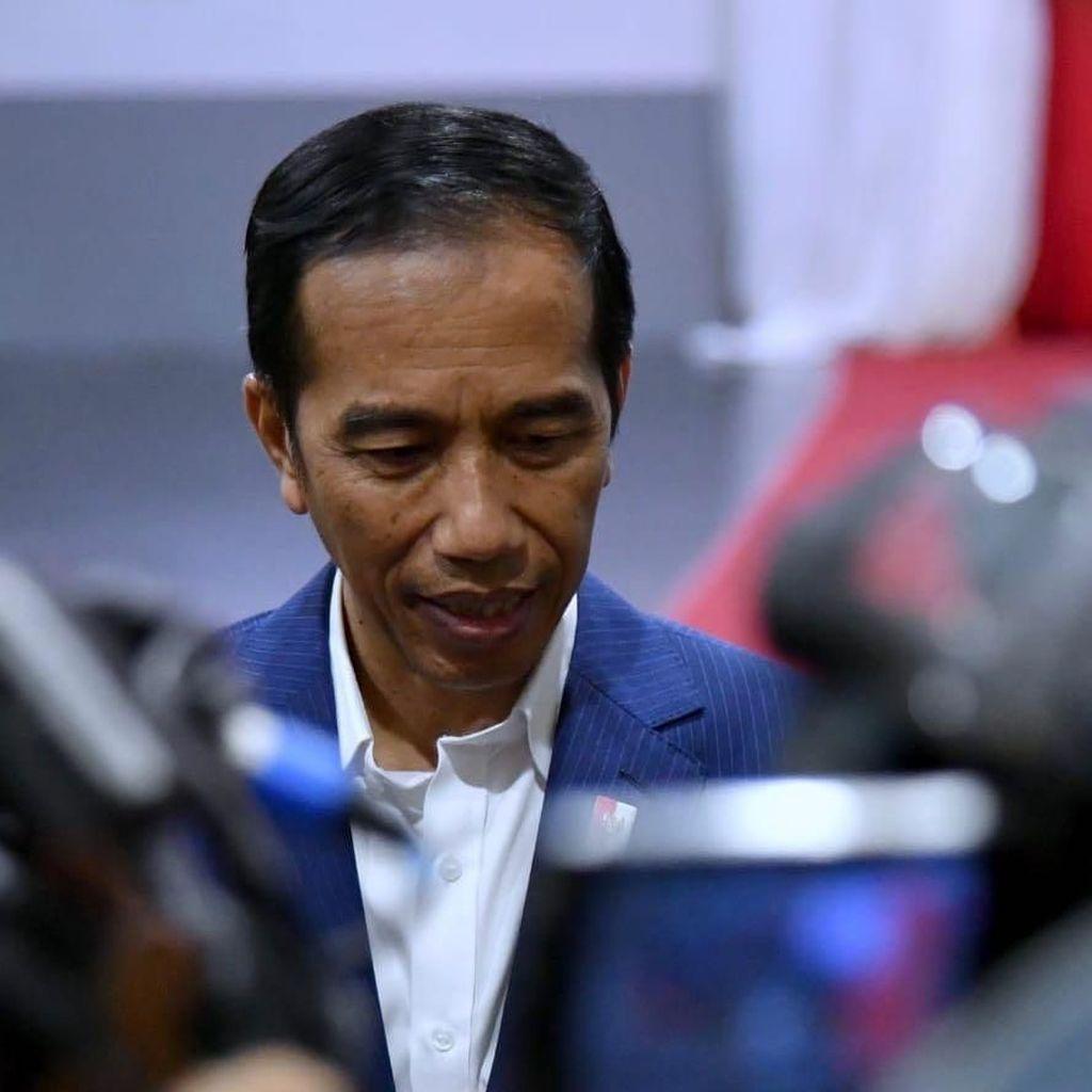 Bagikan Sertifikat ke Warga Bogor, Jokowi Curhat Dituduh PKI