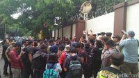 Wartawan Demo Kedubes Myanmar, Desak Wa Lone-Kyaw Soe Oo Dibebaskan