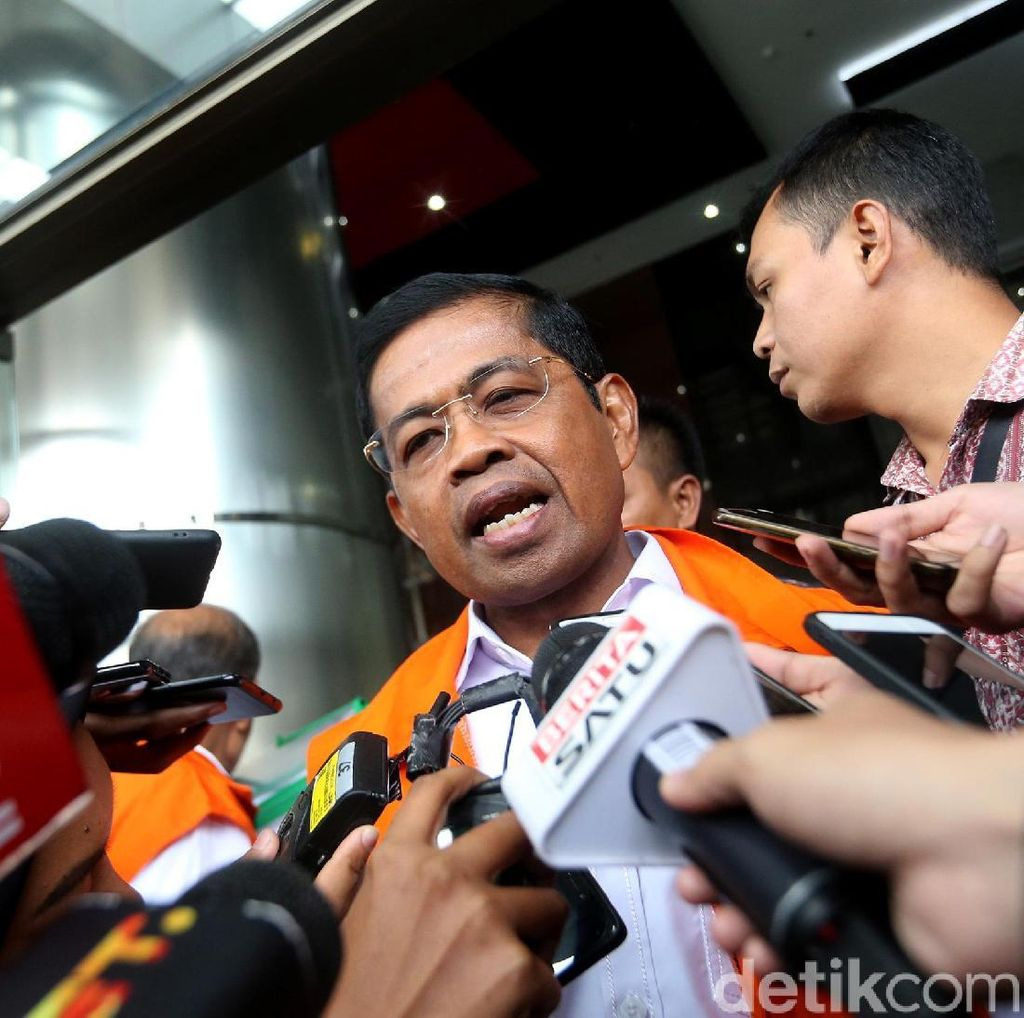 Kasus Suap PLTU Riau-1, Idrus Bantah Diberi SGD 50 Ribu untuk Umrah