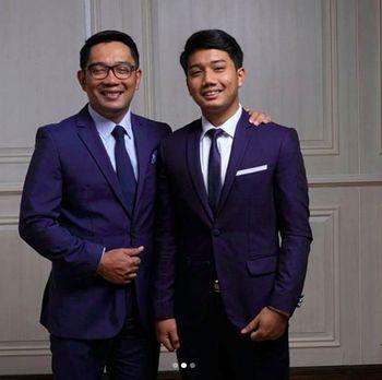 Ridwan Kamil dan anaknya /