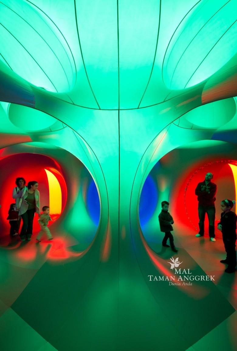 Trilumin by Architecs of Air Pertama Kalinya Ada di Indonesia Foto: Mal Taman Anggrek