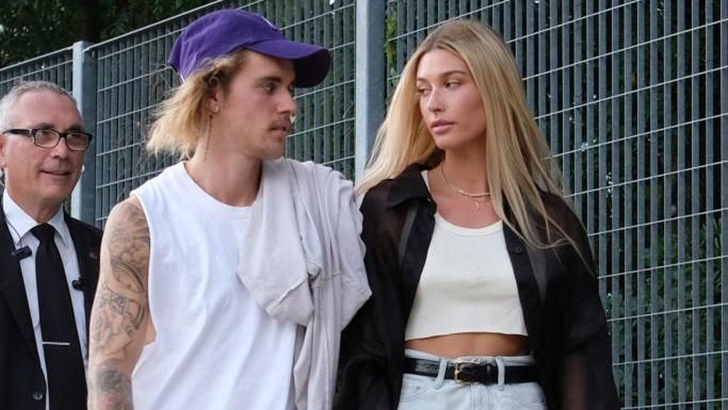 Mesranya Justin Bieber dan Hailey Baldwin Nonton Fashion Show di NYFW