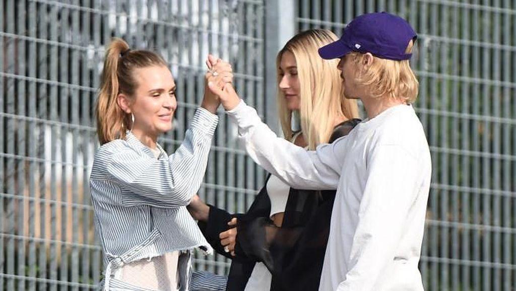 Sang Paman Benarkan Pernikahan Justin Bieber dan Hailey Baldwin