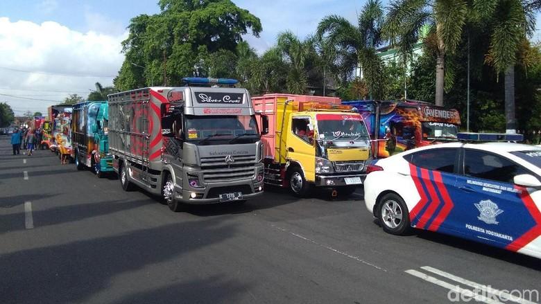 Gambar Modifikasi Truk Volvo Modifikasi Truck Volvo Sumpah D