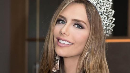 Foto-foto Masa Lalu Angela Ponce, Transgender Pertama di Miss Universe
