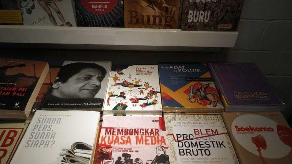 Ramai-ramai Pilih Jalur Independen di Indonesia Untuk Terbitkan Buku