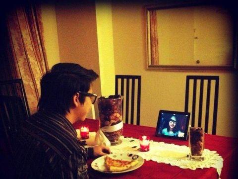 Kencan virtual dengan panggilan video karena Jet dan Alia menjalani LDR
