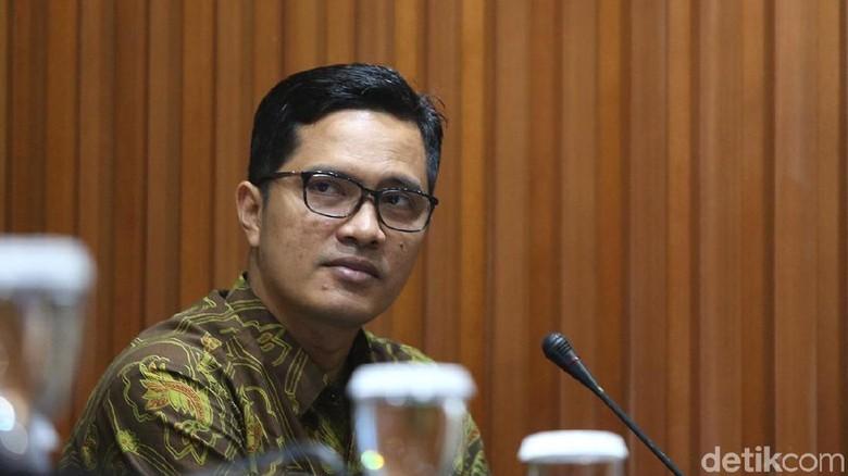Staf Wali Kota Medan yang Seruduk Tim KPK Masih Diburu