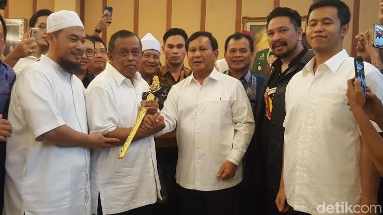 Gerindra: Keris Prabowo Simbol Djoko Santoso Ketua Timses