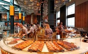 Lebarkan Bisnis, Starbucks Buka Gerai Pertama di Italia