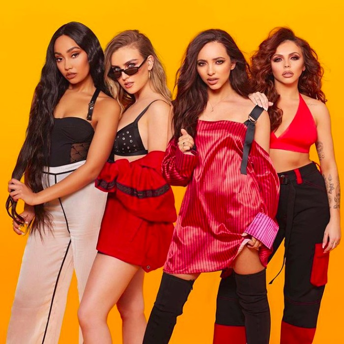 Little Mix grup asal Inggris yang terbentuk sejak tahun 2011 di acara X Factor UK. Little Mix terbentuk dari empat wanita cantik yakni Perrie Edwards, Jesy Nelson, Leigh-Anne Pinnock, dam Jade Thirlwall. Mixers mana suaranya? (Foto: Instagram/litllemix)