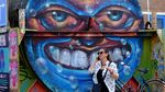 Menelusuri Surga Seniman Grafiti di IJ Halen