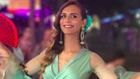 Angela Ponce, transgender perdana perwakilan Spanyol untuk Miss Universe 2018. Angela dulunya bocah laki-laki dengan rambut belah pinggir. Foto: Transgender pertama di Miss Universe / @angelaponceofficial
