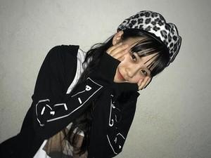 Lupa Matikan Kamera usai Live Streaming, Idola Jepang Tak Sengaja Ungkap Gaji