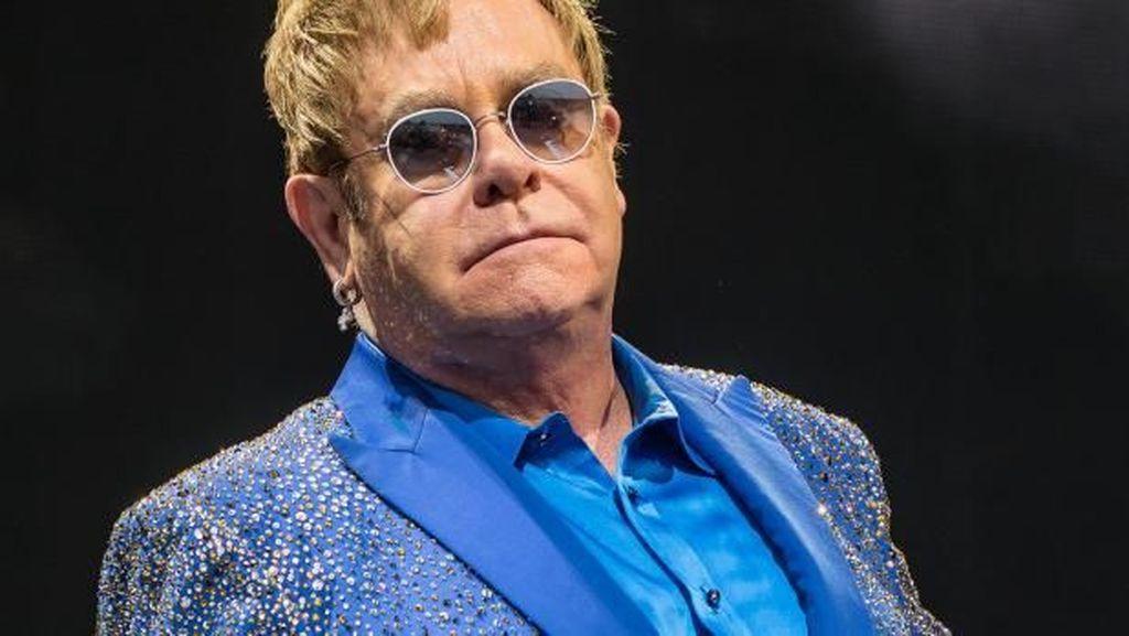 Mau Dengar Elton John Nyanyi Lagu Young Dumb & Broke Milik Khalid?